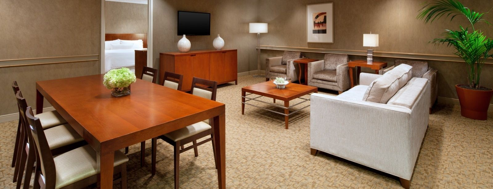 The Westin San Francisco Airport Hotel – Executive Suite